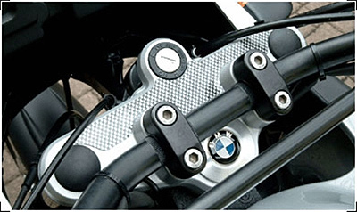 BMW R11/1150GS/Adventure Large Carbon Top Clamp Pad by Hornig