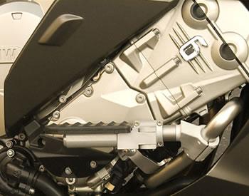 highway pegs - engine guard - bmw k1600gt k1600gtl -ilium